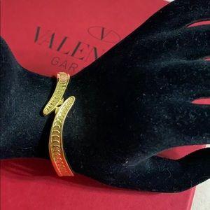 🖤MONET gold bracelet